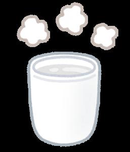 夜泣きのとき【白湯や母乳】を飲ませてもいいの?