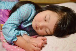 7歳の【睡眠時間】はどれぐらい?新生活のためにしっかり睡眠を!