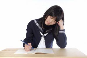 塾に出発の時間に【眠い】!休ませるか行かせるか親の対処法