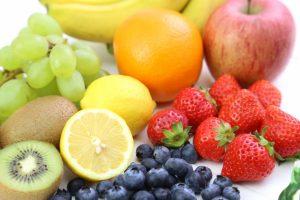 離乳食の【果物】どうやって食べさせる?量やポイントを教えて!