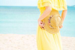 海水浴のママファッション!服装や帽子のおすすめコーデ!