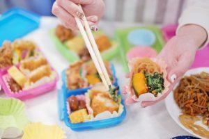 海水浴でのご飯はお弁当持ち込み、それとも売店購入どちらが良い?