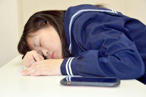 受験勉強に【眠い】は大敵!症状別に原因を見つけ出して対処法を紹介