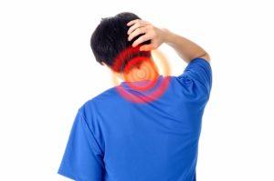 勉強で【首肩が痛い】とうったえるときの原因と対策方法やグッズの紹介!